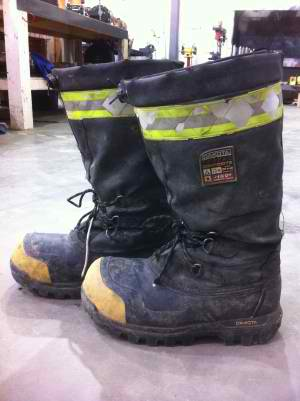 industrial safety footwear_electric safety gear